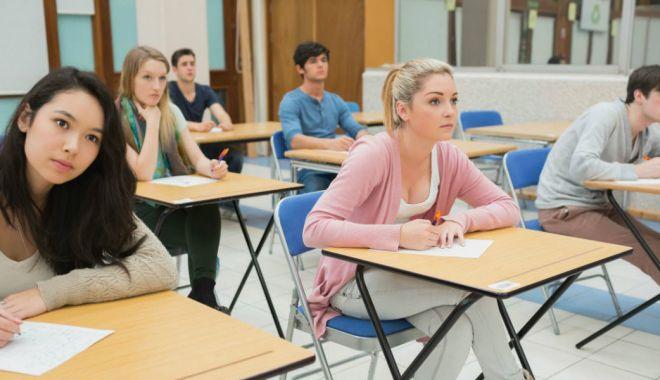 Încep înscrierile pentru examenele Cambridge, la Colegiul