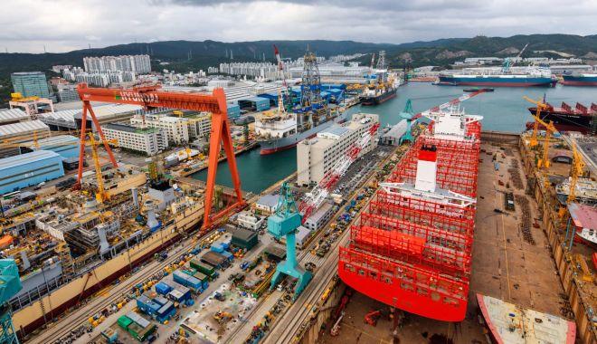 Foto: Industria navală chineză a obținut cu 37,9% mai puține comenzi