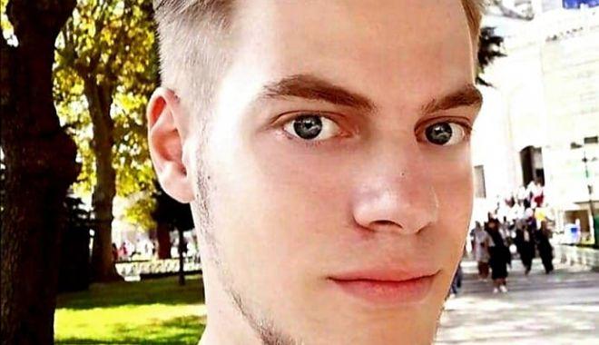 """Foto: Fiul unui preot din Iași a murit înecat la Olimp. """"Sufletul lui tânăr a zburat la Cer"""""""