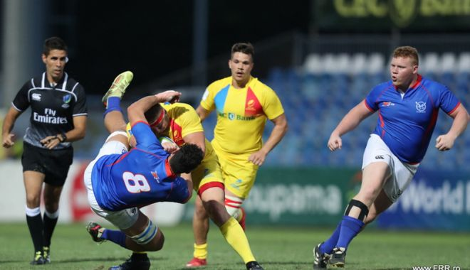 """Foto: Înfrângere severă suferită  de """"stejărei"""",  în debutul  World Rugby U20"""