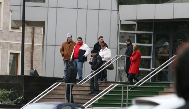 Foto: Frații Vasea au voie, oricând, să părăsească țara!