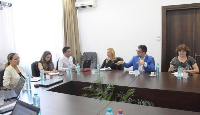 Edilul Decebal Făgădău, întâlnire cu specialiști ai Băncii Mondiale - intalnirebancamondiala2-1559942293.jpg