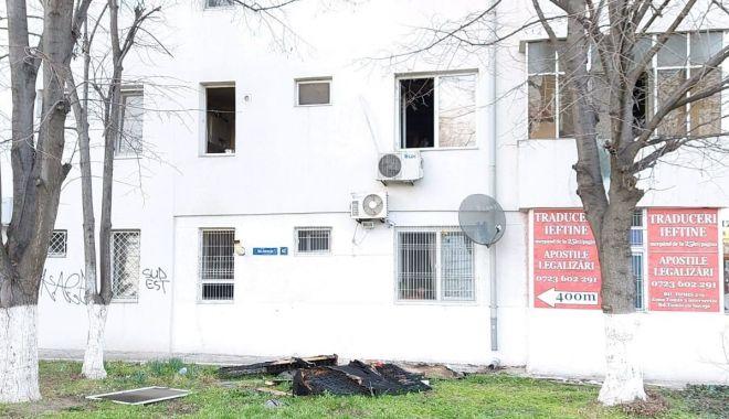 Intervenţie promptă a poliţiştilor locali, la un incendiu din Constanţa - interventieprompta-1614959021.jpg