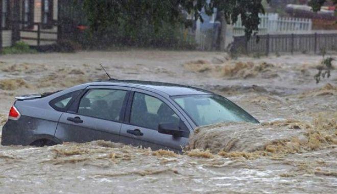 COD PORTOCALIU de inundații în bazine hidrografice din 19 de județe - inundatii-1530279460.jpg