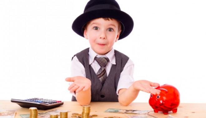 Foto: Așa înveți copilul să prețuiască banii