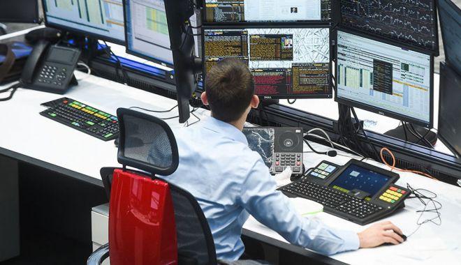Investițiile de pe piața de capital accelerează relansarea economiei - investitiiledepepiatadecapitali3-1589378173.jpg