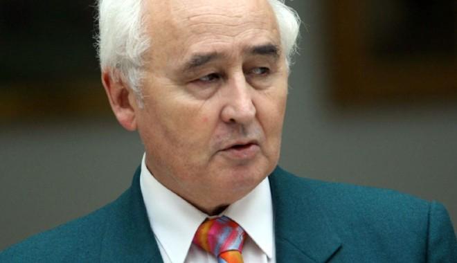 DOLIU: Constanța a pierdut un mare om  de cultură: adio, Ioan Popișteanu! - ioanpopisteanusc1-1334849920.jpg