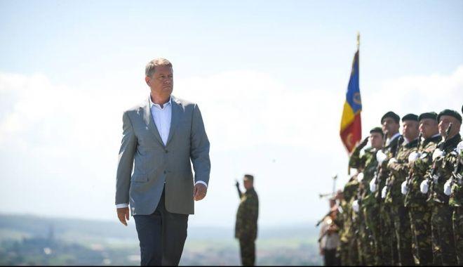 Foto: Iohannis: Armata României - demnă de trecutul și eroii ei, rămâne un reper moral, o ancoră de stabilitate
