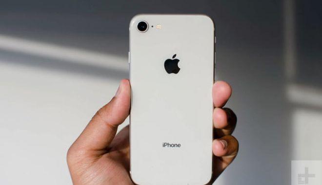 Foto: Decizie radicală luată de Apple. Ce se întâmplă cu telefoanele iPhone