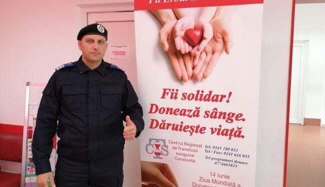 Foto: Îndemn la donare de sânge de la jandarmii constănțeni