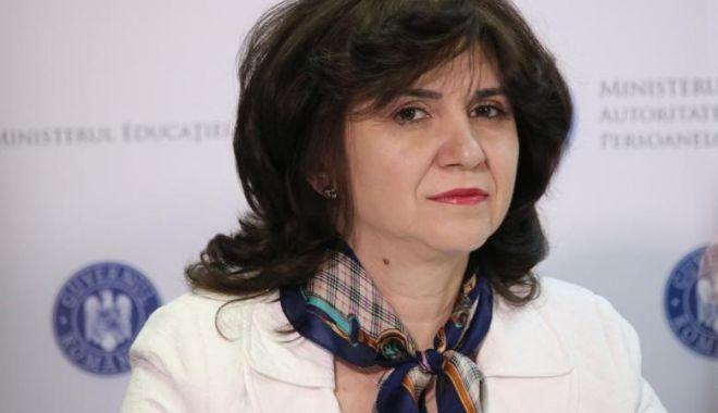 Monica Anisie: Le urez mult succes tuturor candidaților care, de luni, vor susține examenul de Bacalaureat - jmg9ntmwjmhhc2g9mwe3m2nmmgy4nzu1-1592654621.jpg