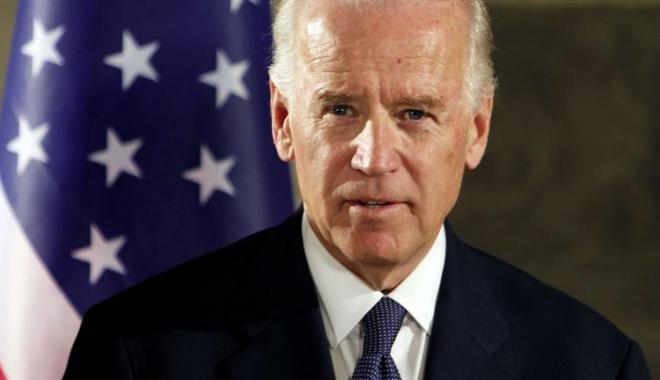 Foto: Joe Biden, în fruntea listei scurte a echipei lui Hillary Clinton pentru postul de secretar de stat
