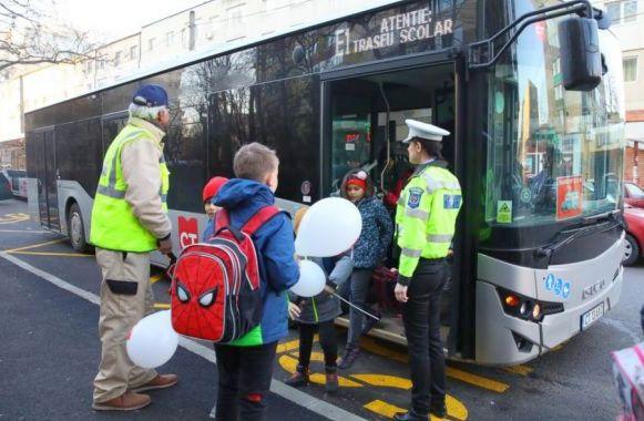 Foto: CT BUS reia cursele speciale pentru transportul școlarilor și preșcolarilor