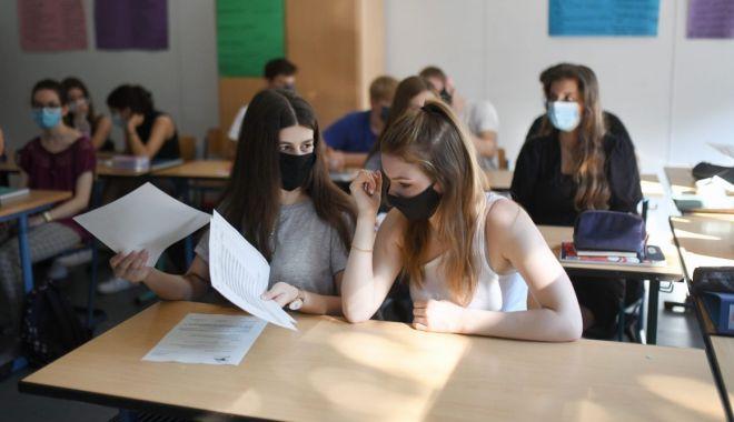 """Mai puţine clase a IX-a, la Admiterea 2021. """"Nu mai avem elevi care să le populeze!"""" - jos-1611344510.jpg"""