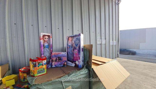 Jucării şi bunuri în valoare de 171.500 lei, confiscate în Portul Constanţa Sud Agigea - jucarii-1611136892.jpg