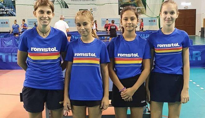 Jucătorii de tenis de masă de la CS Farul şi LPS, la Naţionalele de la Izvorani - juniori11-1599661867.jpg