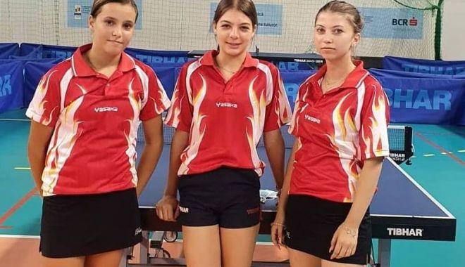 Jucătorii de tenis de masă de la CS Farul şi LPS, la Naţionalele de la Izvorani - juniori22-1599661874.jpg