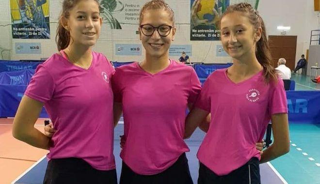Jucătorii de tenis de masă de la CS Farul şi LPS, la Naţionalele de la Izvorani - juniori33-1599661881.jpg