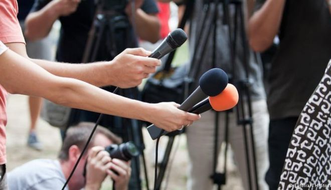 Veste excelentă pentru jurnaliști! Scutirea de impozit, depusă la Parlament - jurnalisti-1548253391.jpg
