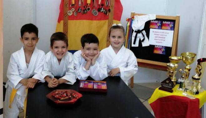 Karatiști constănțeni, medaliați la Cupa României - karate-1558379015.jpg