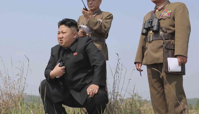 Foto: Kim Jong Un a supervizat testarea unui lansator de rachete multiplu
