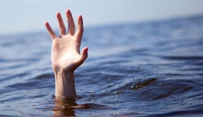 Foto: UPDATE / NU SE ÎNVAȚĂ MINTE! Încă un înecat la Eforie Nord