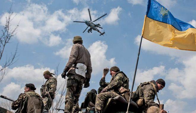 Kremlin: Estul separatist al Ucrainei trebuie să primească un statut special - kremlin-1573595041.jpg