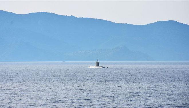 "Foto: ""Kurtaran 19"". Submarin avariat, reperat de militari români"