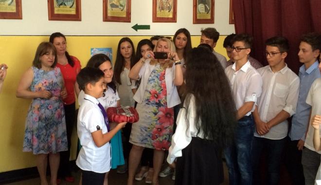 """Foto: Lacrimile despărțirii, la Școala """"Mihail Koiciu"""""""