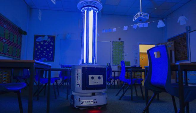 INSP nu recomandă utilizarea lămpilor UV pentru dezinfecţia suprafeţelor în şcoli - lampa-1614431001.jpg