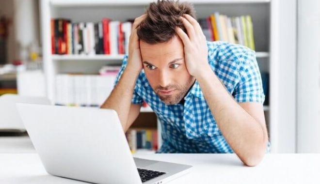 Jumătate din angajații unui gigant social media vor lucra permanent de acasă - laptop-1590128179.jpg