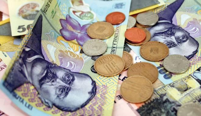 Foto: Leul s-a apreciat față de francul elvețian, euro și dolar