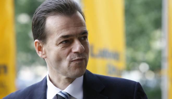 Foto: Liberalii au depus o moțiune simplă pe domeniul fondurilor europene
