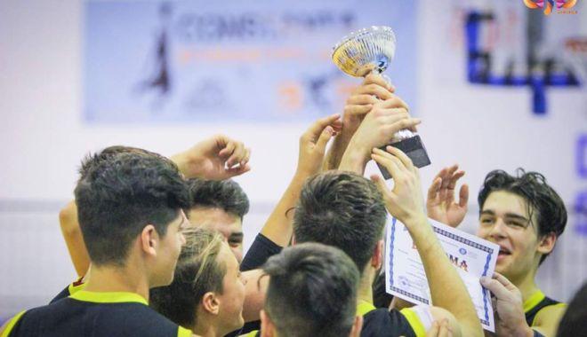 """Foto: Liceul """"Decebal"""", campionul Olimpiadei Naționale a Sportului Școlar Constanța, la baschet"""