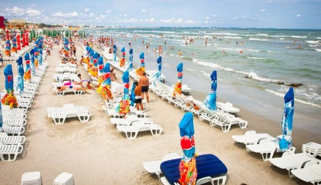 Aproape un sfert dintre români au ales să-și anuleze planurile de vacanță din această vară - litoral-1597409901.jpg