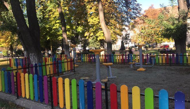 Alte locuri de joacă pentru copii, amenajate la Constanța - locuridejoaca12112-1573567577.jpg