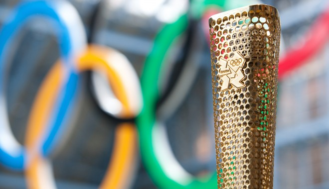 Foto: A fost aprinsă flacăra Jocurilor Olimpice de la Londra