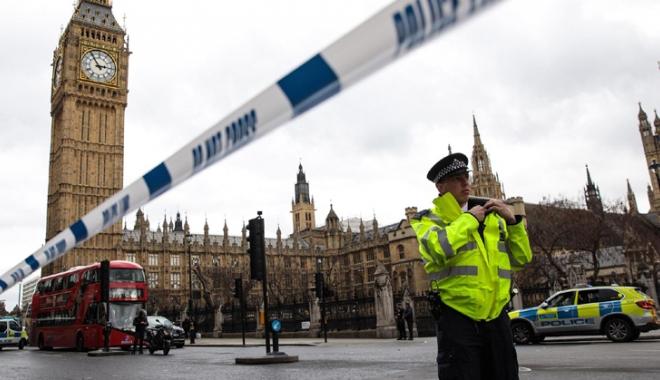 Foto: Londra vrea să îi elimine pe cetățenii britanici care luptă pentru Statul Islamic