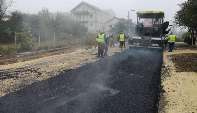 Foto: Lucrări de asfaltare, în cartierul Compozitorilor