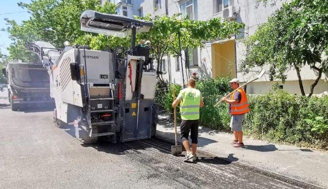 Foto: Lucrări de reabilitare a carosabilului, în zona Dacia
