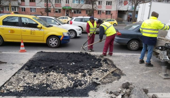 Lucrări urgente și reparații ale carosabilului în mai multe zone din oraș - lucrariurgentesursaprimariaconst-1579788139.jpg