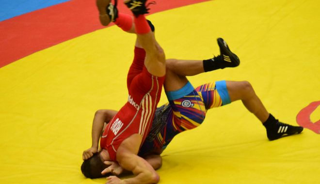 Luptătorii constănţeni, medaliaţi la Naţionalele de juniori - luptatorii-1603357461.jpg