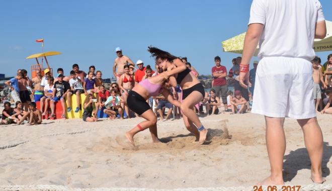 Luptătorii constănțeni, laureați pe nisipul de la Limanu - luptatoriiii1-1498579697.jpg
