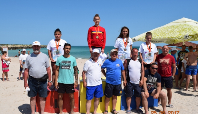 Luptătorii constănțeni, laureați pe nisipul de la Limanu - luptatoriiii2-1498579705.jpg