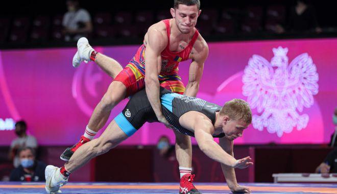 Lupte / Turneul mondial de calificare de la Sofia, ultima șansă pentru români să ajungă la JO de la Tokyo - luptesofia-1620225286.jpg
