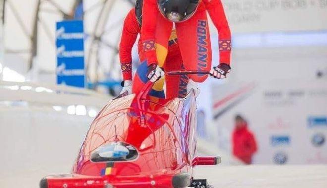 Foto: Măcel pe pârtie! Bobul constănțean s-a răsturnat la Mondialele din Canada