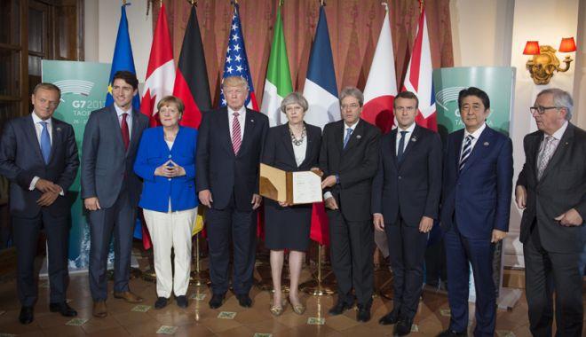 """Foto: Macron dorește reformarea G7.  """"A devenit un teatru al umbrelor!"""""""
