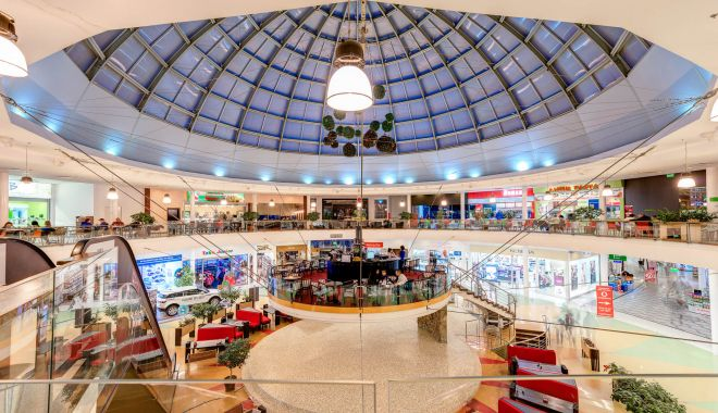 """Foto: Se boicotează deschiderea magazinelor din mall? """"Suntem într-o situație disperată!"""""""