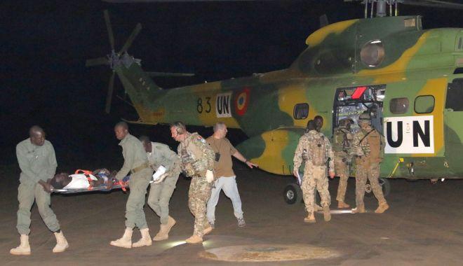 Foto: Carpathian Pumas - misiune de evacuare medicală pe timp de noapte