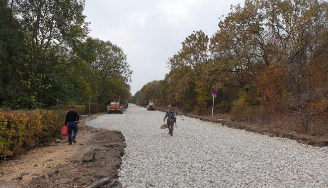 Primăria Mangalia asfaltează străzile din stațiunea Neptun cu fonduri UE - mangaliaprimarie22-1606419518.jpg